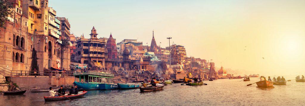 Varanasi : - वाराणसी : भारत की धर्मनगरी  एवम् जीवंत शहर