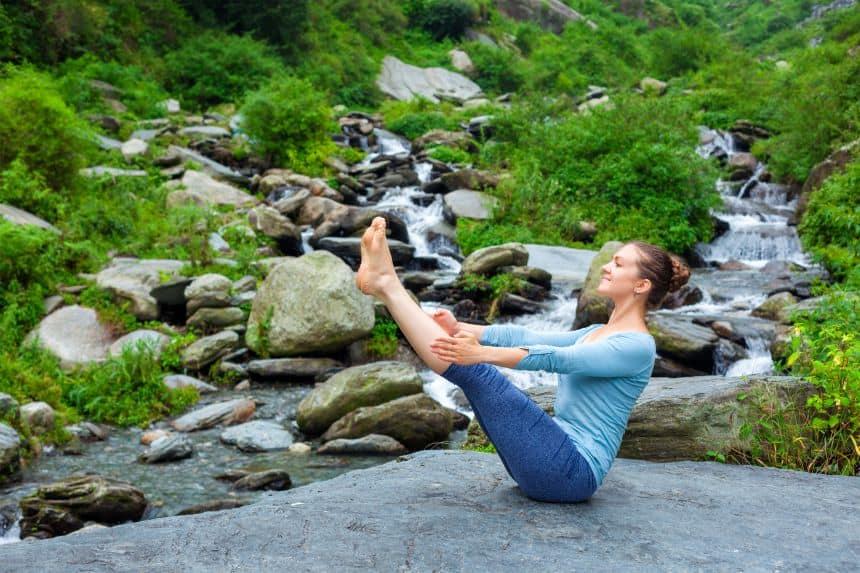 पेट कम करने के लिए नावासन - Navasana (boat pose) to reduce belly fat