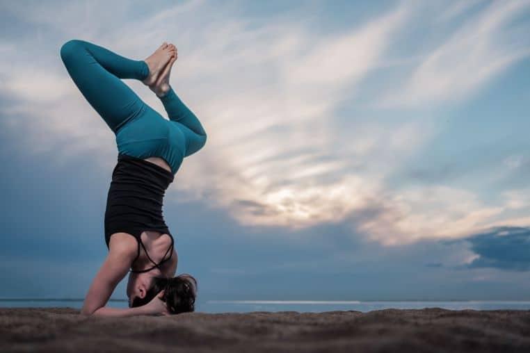 Diabetes treatment by Yoga in hindi - शुगर की समस्या के लिए शीर्षासन –Shirshasan(headstand) for diabetes