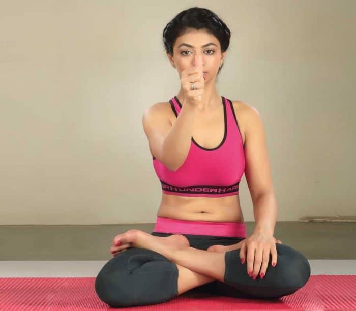 Yoga for EyeSight in Hindi - आँखों की रोशनी बढ़ाने के लिए योगा
