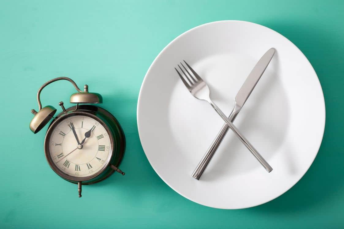 आयुर्वेद में आंतरायिक उपवास का महत्व - Intermittent Fasting in Ayurveda