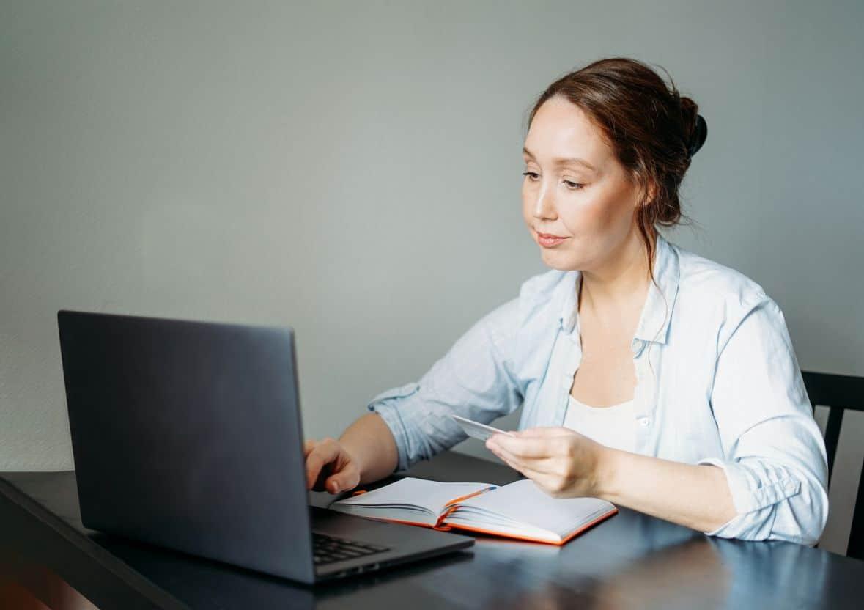 ऑनलाइन / इंटरनेट से पैसे कैसे कमाए - How to make Money Online/Internet