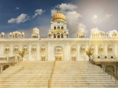 10 Places To Visit In Delhi In Hindi - bengla sahib