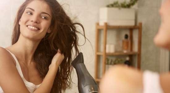 गर्मी मे बालों की देखभाल
